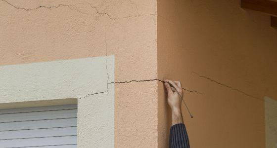 grietas en fachadas